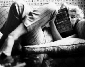marilyn-monroe-reading-lisant