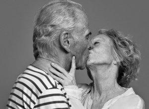 photo-swag-couple-amoureux-embrasse-baiser-romantique