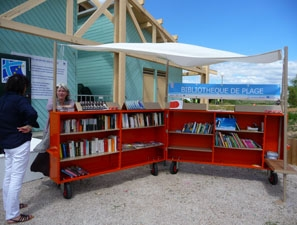 bibliotheques-plage-1373373471-30847